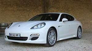 Porsche Panamera Hybride : essai vid o porsche panamera hybrid l 39 hybride selon porsche ~ Medecine-chirurgie-esthetiques.com Avis de Voitures