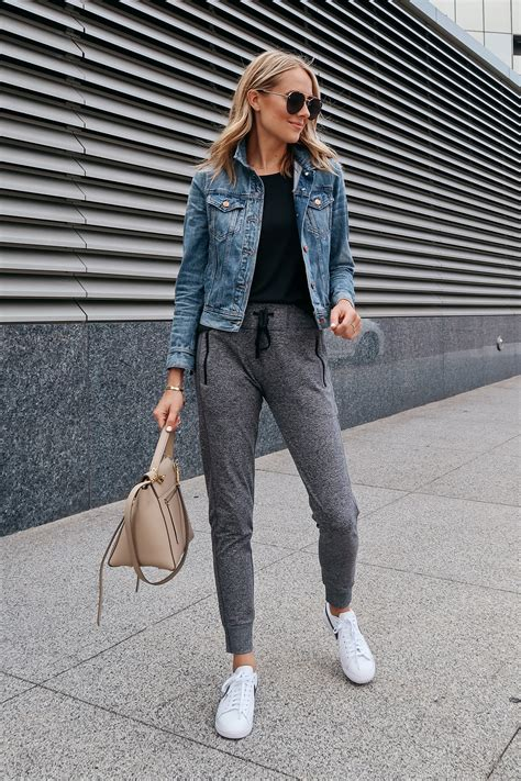 Athleisure Outfit From The Nordstrom Anniversary Sale