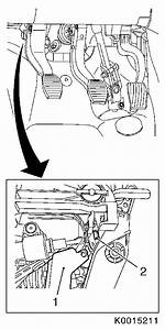 Vauxhall Workshop Manuals  U0026gt  Corsa D  U0026gt  H Brakes  U0026gt  Service