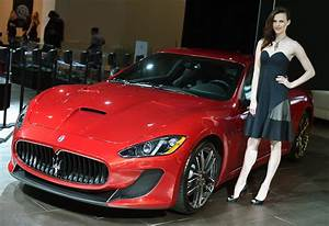 Hot Girls of the 2014 New York Auto Show [Live Photos ...