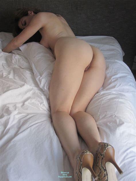 Nude Wife With Heels On Bed August 2010 Voyeur Web