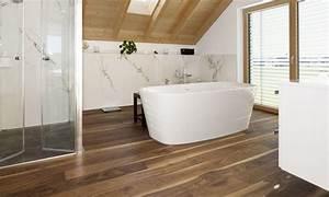 Bilder Für Das Bad : adler parkett auch f r das bad geeignet adler parkett ~ Frokenaadalensverden.com Haus und Dekorationen