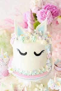 Einhorn Kuchen Deko : einhorn party mit dr oetker pink baileys cake erdbeer milkshake cupcakes rainbow cookie ~ Eleganceandgraceweddings.com Haus und Dekorationen