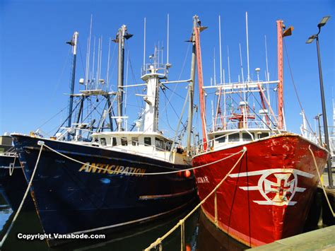 The Boat New Bedford Hours by New Bedford Massachusetts Vacation