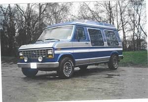 1988 Ford Econoline E150 Pictures