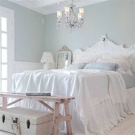 shabby chic rooms 25 delicate shabby chic bedroom decor ideas shelterness