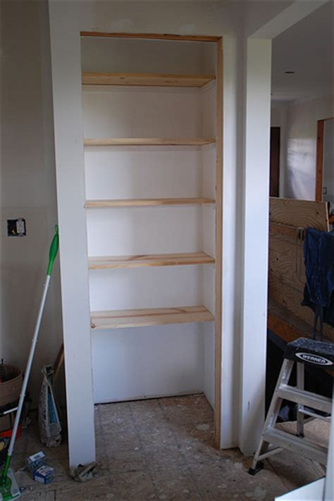 best way to organize pantry shelves in closet