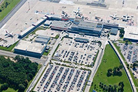 ausbildungsmesse zu berufen  flughafen  berlin