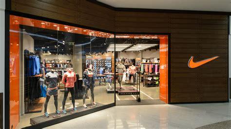 Nike News - NIKE OPENS NEW NIKE STORE IN CZECH REPUBLIC