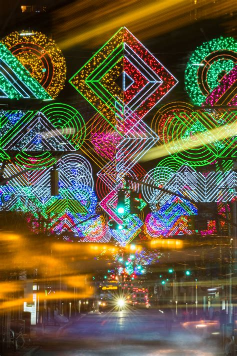 holiday lights and movie sites 10 tips and tricks for photographing holiday lights and