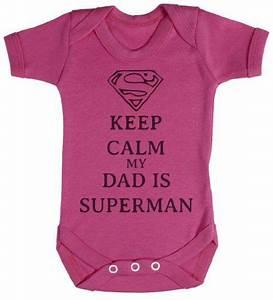 Baby Strampler Sprüche : baby strampler keep calm my dad is superman plotten superman baby baby strampler und baby ~ Eleganceandgraceweddings.com Haus und Dekorationen