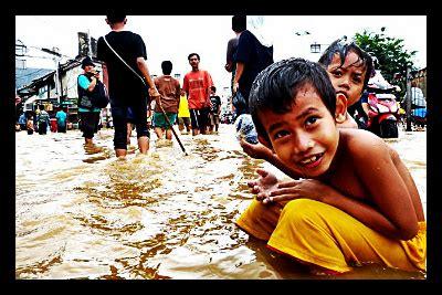 child labor  poverty  prevalent  indonesia