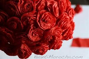 Paper Rose Topiary/ Adorno de rosas de papel crepe
