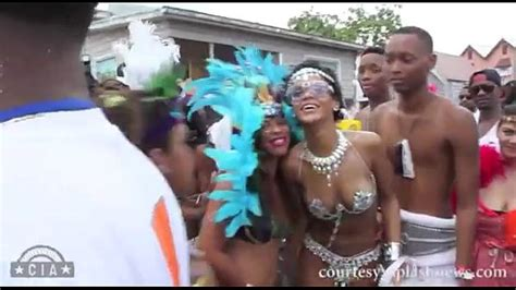 Rihanna Shaking Her Booty In Barbados Xnxx