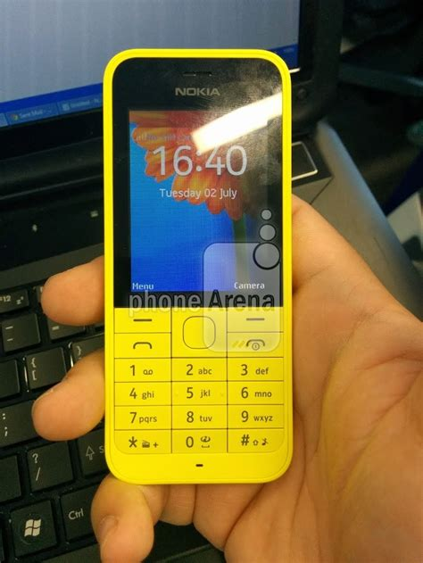 what does phone exclusive new nokia r feature phone leaked has a 2mp