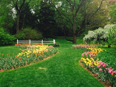 gardens in michigan here are the most beautiful gardens you ll see in michigan