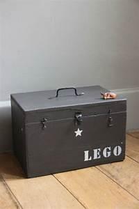 Caisse Metal Rangement : caisse de rangement lego lapetitebelette ~ Teatrodelosmanantiales.com Idées de Décoration