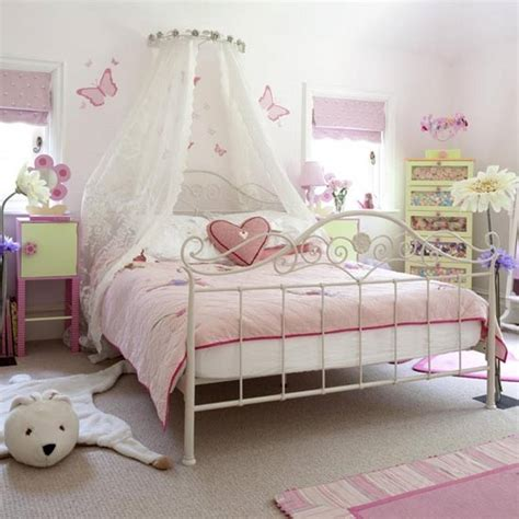 15 Beautiful And Unique Bedroom Designs For Girls