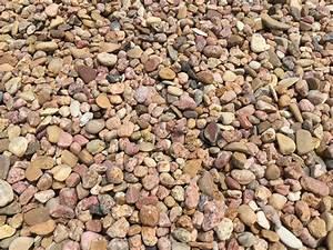 small-pea-gravel - Tree Top Nursery & Landscape Inc