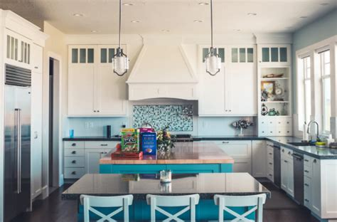 how to keep kitchen cabinets clean is it to keep white kitchen cabinets clean open