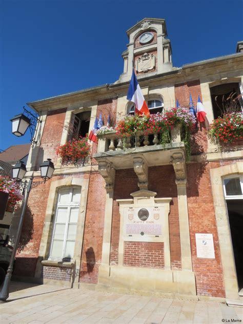 photos le demi fr 232 re de clem se dans la mairie de lagny actu fr