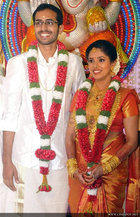 actress karthika murali photos murali daughter karthika wedding photos 20