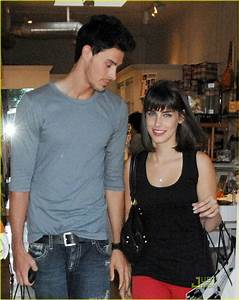 Adam Gregory Dating Jessica Lowndes: Photo 1467131   90210 ...