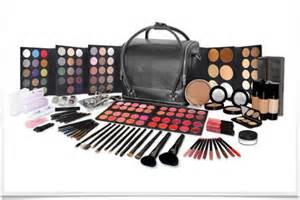 online makeup courses makeup classes schools lessons