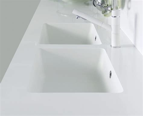 quartz countertop with integrated sink quartz sinks everything you need to qualitybath