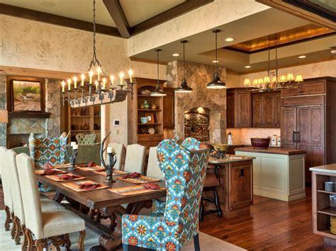 Kitchen Table Design & Decorating Ideas   HGTV Pictures   HGTV
