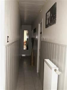 amenagement 3 2 photo 2 8 le long couloir avec un With porte d entrée pvc avec revetement sol et mur salle de bain