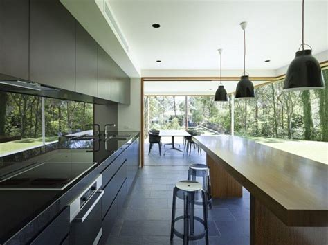 bluestone kitchen floor bluestone a popular choice for geelong properties 1745
