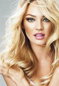 Gorgeous Blonde Model Long Full Hair Perfect Makeup