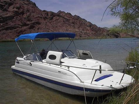 Pontoon Boats With Cabins For Sale by New Line Of Pontoon Boats Apex Are Compact Lightweight