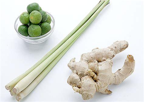 Resep sup ikan gurame kuah bening yang segar. Resep dan Cara Mudah Memasak Sayur Sop Ceker Sederhana Gurih dan Mantab