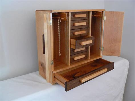 handmade wooden hannahs jewelry box  pkbrownwoodworking