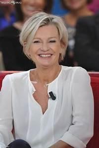 Coupe De Cheveux Pour Visage Rond Femme 50 Ans : coupe de cheveux pour femme de 60 ans visage ovale ~ Melissatoandfro.com Idées de Décoration