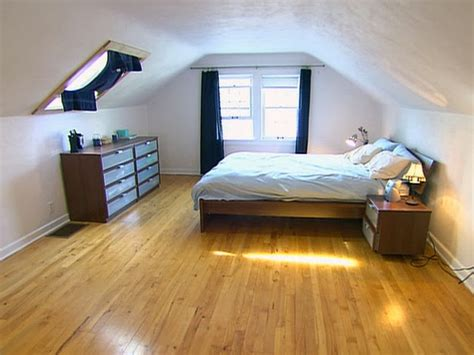 Foundation Dezin & Decor Attic Bedroom Design