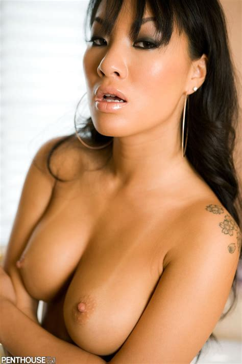 Pornstar Asa Akira In The Bathtub Gently Caressing Her Naked Body Penthouse
