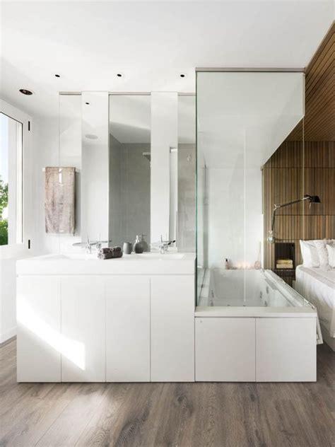 Gästebadezimmer Ideen by Badezimmer Modern Badewanne Sclafzimmer Glas Abtrennung
