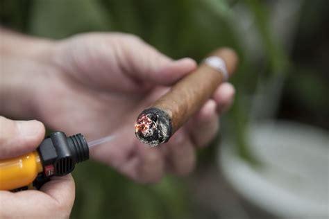 Cigar Slideshow On How To Smoke A Cigar