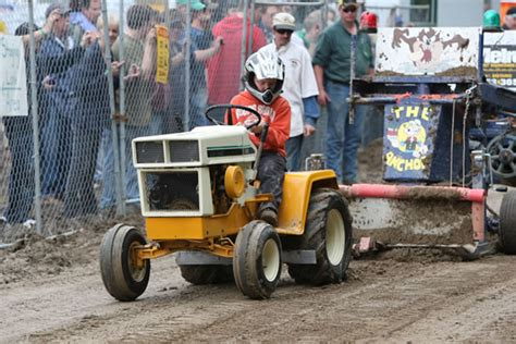 garden tractor pulling schomberg fair stock and modified garden tractor pull