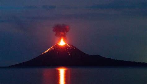 Jul 02, 2021 · 1. Gempa Vulkanik Disebabkan Oleh Adanya Aktivitas - Berbagai ...