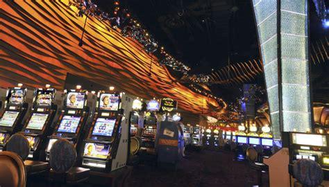 mohegan sun sweetens its bid for a casino in the catskills