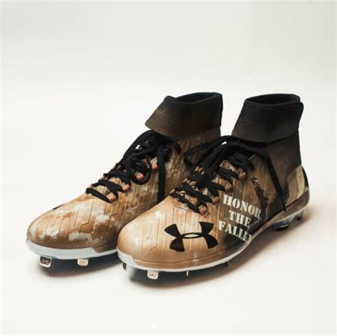 pros wear bryce harpers  armour harper  cleats