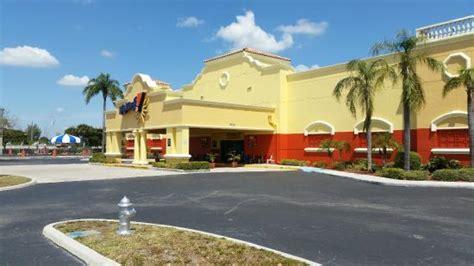 Il prezzo è € 115 a notte nel periodo. Boomers! (Boca Raton, FL): Top Tips Before You Go (with ...