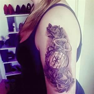 Tattoos Schulter Oberarm Frau : rosen kompass tattoo am oberarm von joline pfu ~ Frokenaadalensverden.com Haus und Dekorationen