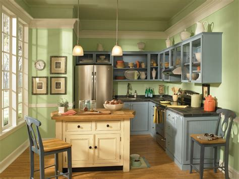 country kitchen newport country kitchen walls peridot 430c 3 ceiling 2846