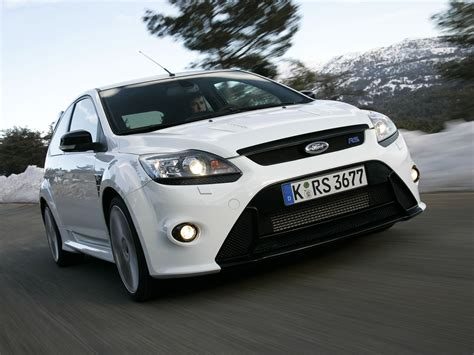 Ford Focus Rs Specs & Photos