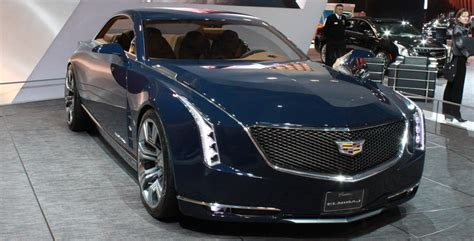 Top 5 Luxury Vehicles At The 2015 Canadian International
